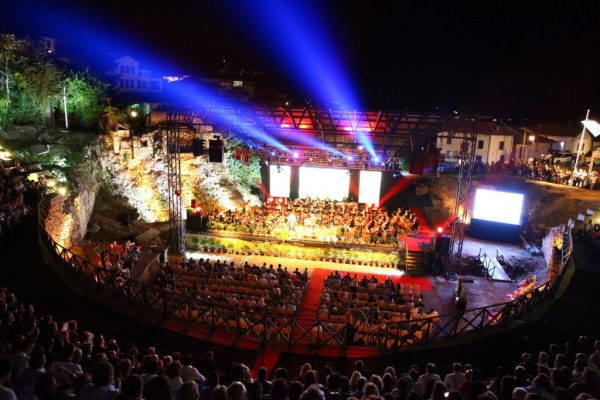 http://ohridskoleto.com.mk/en/news/arsovski-ohrid-summer-festival-an-everlasting-magic/